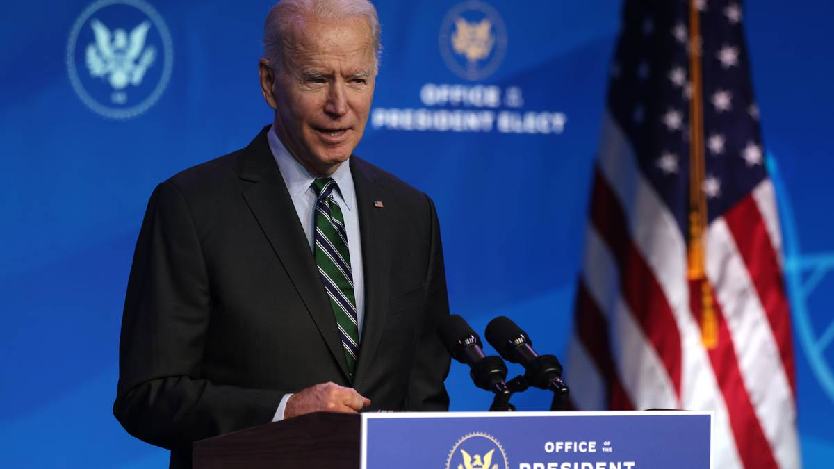 Joe Biden investiga la escasez de semiconductores